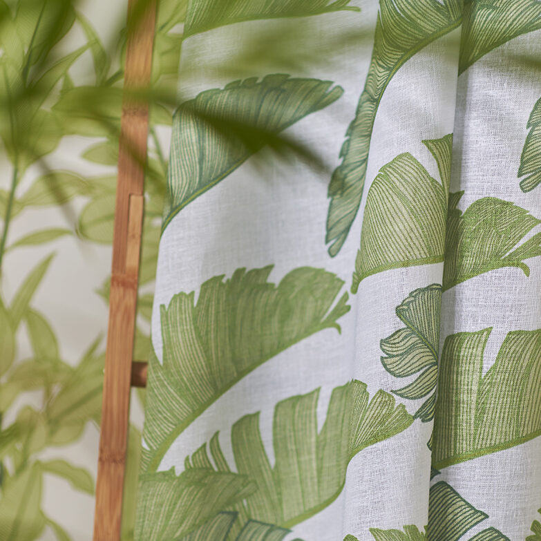 Summer Palm by Patricia Braune